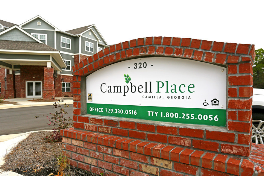 campbell-place-sign
